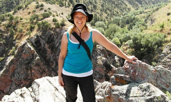Tips from Solo Female Hikers!
